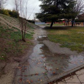 Ciudadanos (Cs)Pintoexige que se adecenten los accesos alternativos creados por los vecinos ante la falta de conexión entre calles