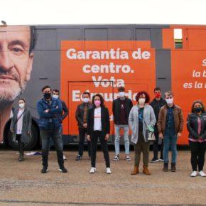 Ciudadanos (Cs) Pinto reivindica en el autobús de campaña el tercer centro de salud, el apeadero de la Tenería y el nuevo edificio de seguridad